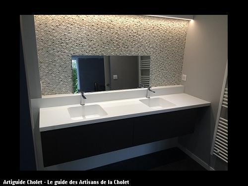 Plan de Salle de Bain en Solid Surface KRION 1100 Blanc, 2 cuves encastrées en Solid Surface KRION Blanc.